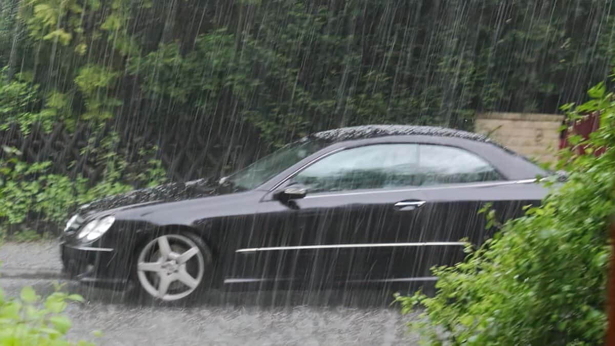 Can You Jumpstart a Car In The Rain?
